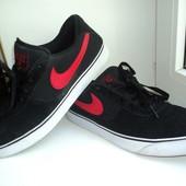 Кроссовки  Nike оригинал,  28 см, 42,5-43 рр,