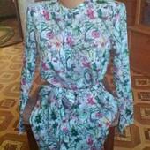 классное фирменное платье