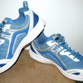 фирменные кроссы   Hi-Tec 26.5 см
