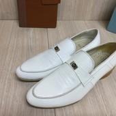 Мужские туфли натуральный лак 39р.