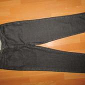 укороченные джинсы р-р Л,сост новых casual