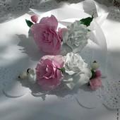 Цветочный браслет и бутоньерка из фоама ручной рабрты