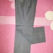 Классические штаны М размер- 42 р . Фирменные.