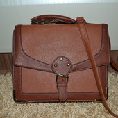 Стильная сумка New Look из экокожи.