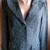 Пиджак женский 46