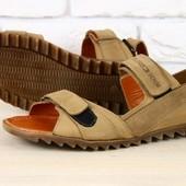 Мужские сандалии кожаные оливкового цвета на липучках