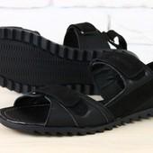 Мужские сандалии кожаные черные на липучках