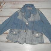 Джинсовая куртка на 5-7лет в отличном состоянии