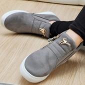 Стильняшные ботинки. Много модных цветов