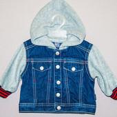 Курточка 3-6 месяца.