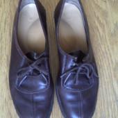 Туфлі шкіряні коричневі р.35 стелька 25,5 см