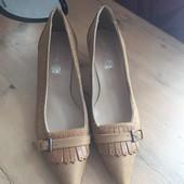 Кожаные туфли, лодочки 37 размер.
