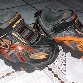 кроссовки на мальчика Clarks 25 стелька 15см