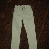 Фирменные от Next джинсы скинни узкачи нежно мятные на 5-6 лет