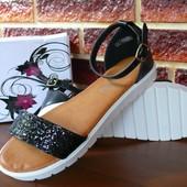 Босоножки сандалии черные с блестками