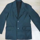 школьный пиджак на 122--128р