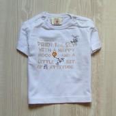 Белоснежная футболочка для мальчика. Little Star. Размер 0-2 месяца. Состояние: идеальное