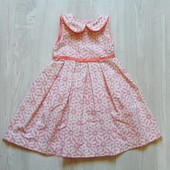 Шикарное платье для изысканной леди. Внутри на подкладке. M&S. Размер 12-18 месяцев