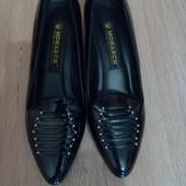 Туфли новые лаковые,р.36