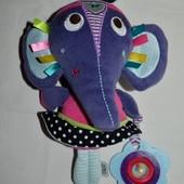 Развивающая фирменная игрушка - подвеска слоник
