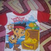 Фирменная футболка Disney  мультгероем. На бирке 5 лет