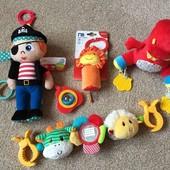 Новые игрушки Mothercare Elc (blossom farm, пират, динозавр, лев)