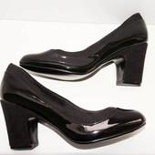 Эффектные и удобные туфли F&F 36-37р