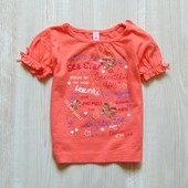 Яркая и стильная футболка для девочки. Размер 6 месяцев. Состояние: хорошее