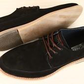 Мужские черные туфли из нубука