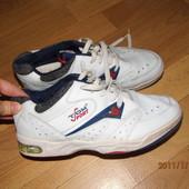 кожаные кроссовки 40 р Tom Sport