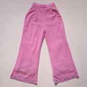 Продаю! 7-8 лет Нарядные брюки, б/у. Длина 76 см, талия 24 см.