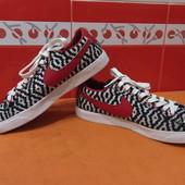 Кроссовки, кеды р.40(6)  Nike; оригинал; по стельке-25,5  см;