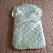 Атласный Конверт с одеялом на выписку +комплект одежды нарядный