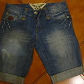 джинсовые шорты в идеальном состоянии