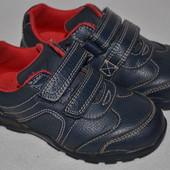 Туфли Clarks р.22,5--6F по стельке 15 см.