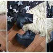 Новые крутые ботинки-ботильоны на платформе,р-р 39-40