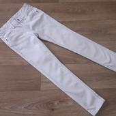 Вельветовый, стретчевые брюки на р. 140 см.