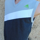 Фирменная стильная оригинал безрукавка свитр кофта Adidas.м