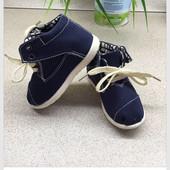 Текстильные ботиночки США 13,5 см