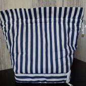 Красивая сумочка с лоточком-органайзером. Новая.