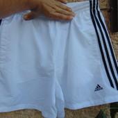 Фирмовие оригинал спортивные шорты трусы капри Adidas.л-хл