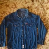рубашка мужская джинсовая 148 см,р L -150 грн. УП 15 грн
