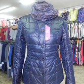 Стильная демисезонная курточка M-L