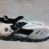 Мощные кожаные фирменные сандали с закрытым мысом Memphis one  46 р.