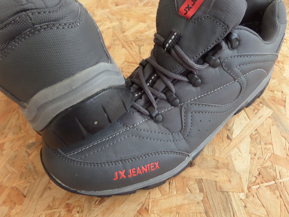 6e39ada956e5 Фирменные кроссовки jx jeantex размер 43-длина стельки 29 см, цена ...