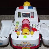 Машина Скорая помощь HuiLe Toys (хули тойз)