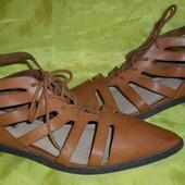 Стильные туфли Forever 21 р 38 (24,5 см)