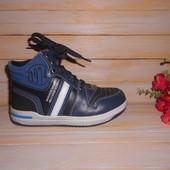 Демисезонные ботинки р30 для мальчишек, с кож вставками