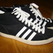 Демисезонные замшевые ботинки Adidas оригинал р.44,5  28,5 см по стельке