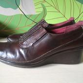 Добротные кожаные туфли Clarks, оригинал